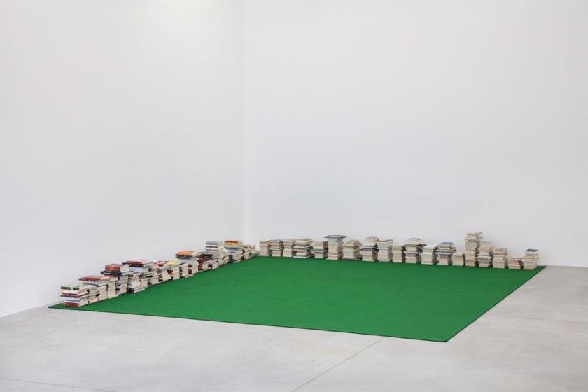Dominique Gonzalez-Foerster, Tapis de lecture 2058 (Bibliography)_Noero